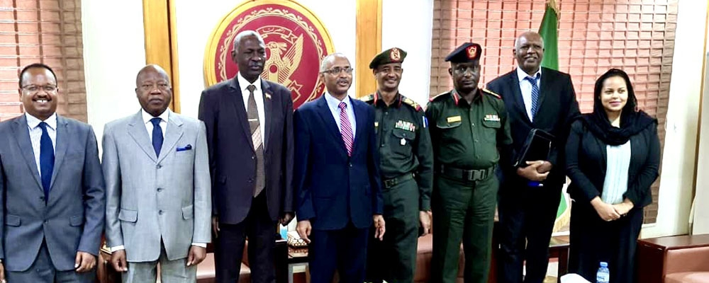 The Executive Secretary with the Minister of Defence of the Republic of Sudan